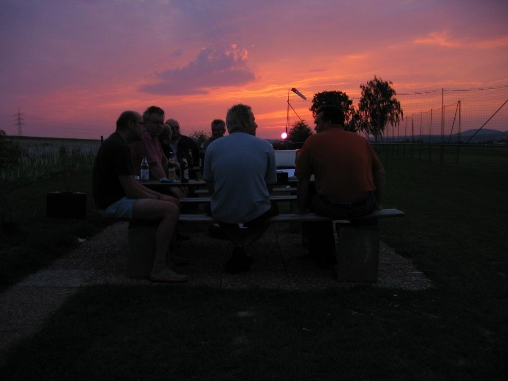 Abendstimmug-auf-dem-Flugplatz